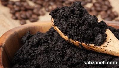 تقویت خاک گلدان به دانه قهوه