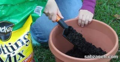 میکس مواد مورد نیاز برای خاک گلدان